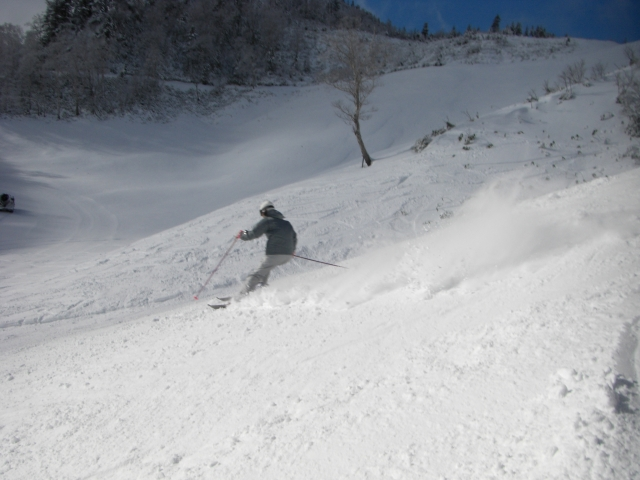 ショートターンの練習|スキーの滑り方