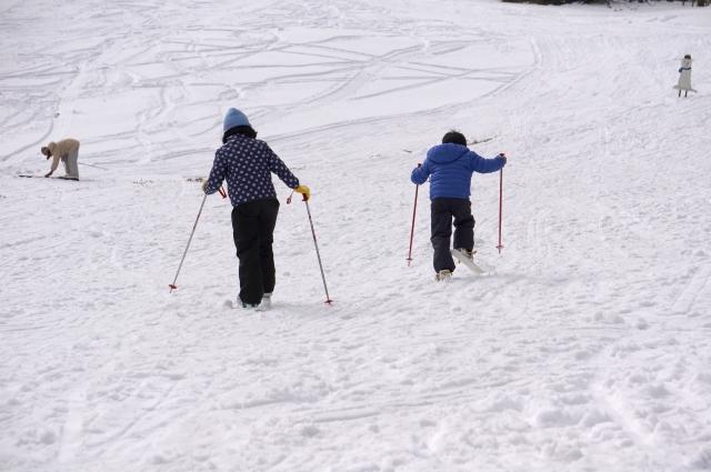 開脚登行のやり方|スキーの基本