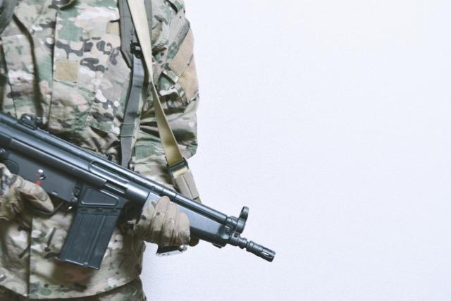 サバゲーでエアコッキングガンを使うメリット・デメリット | サバゲーの基本