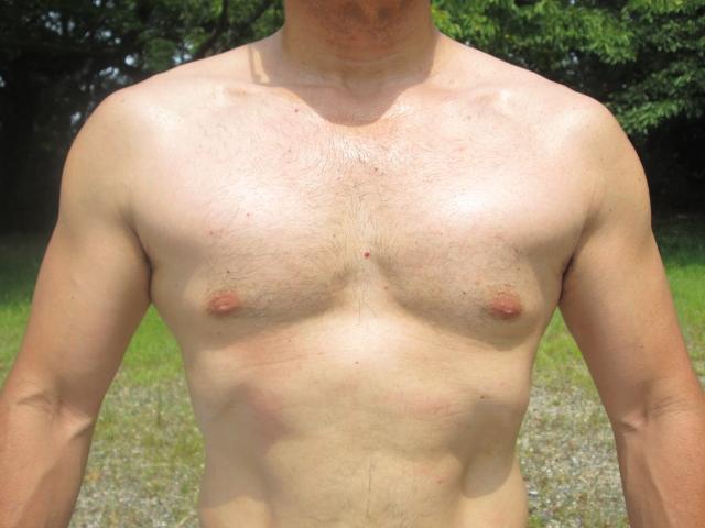 クッキリとした大胸筋を作るための筋トレメニュー