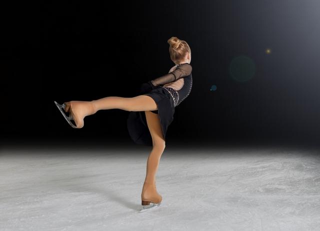 スイングロールのやり方とコツ | フィギュアスケートの基本