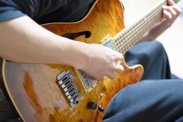 エレキギターの速弾きのやり方