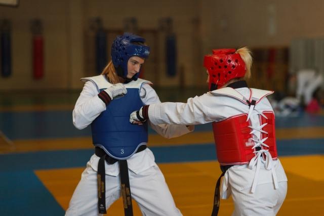 上段手刀受け手刀打ちのやり方とコツ | テコンドーが上達する練習方法