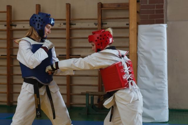 手刀下段受けのやり方とコツ | テコンドーが上達する練習方法
