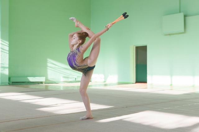前方スケールのやり方   新体操が上達する方法