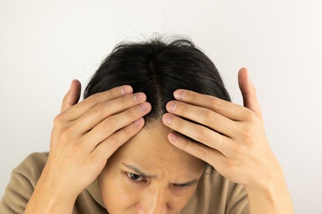 筋トレをすると抜け毛が増えるって本当?