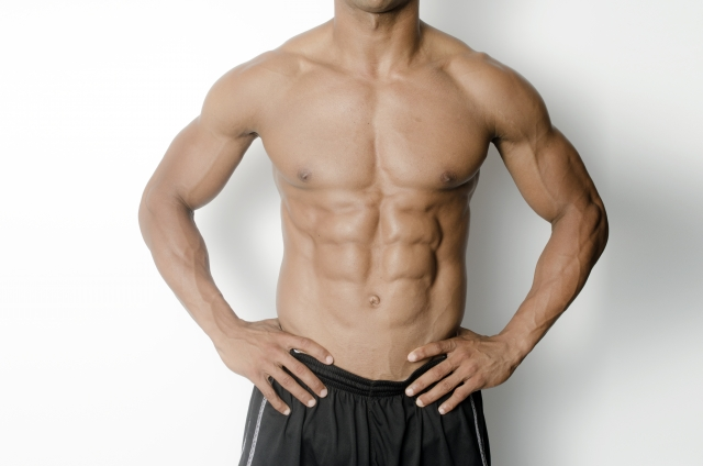 腹筋をバキバキに割る筋トレメニューの組み方