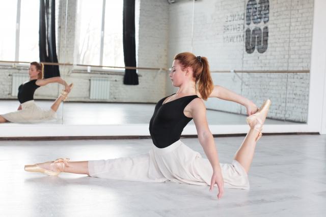 20代から始めるバレエのレッスン内容について
