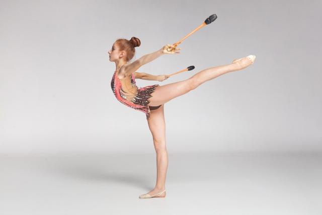 後方スケールのやり方   新体操が上達する方法