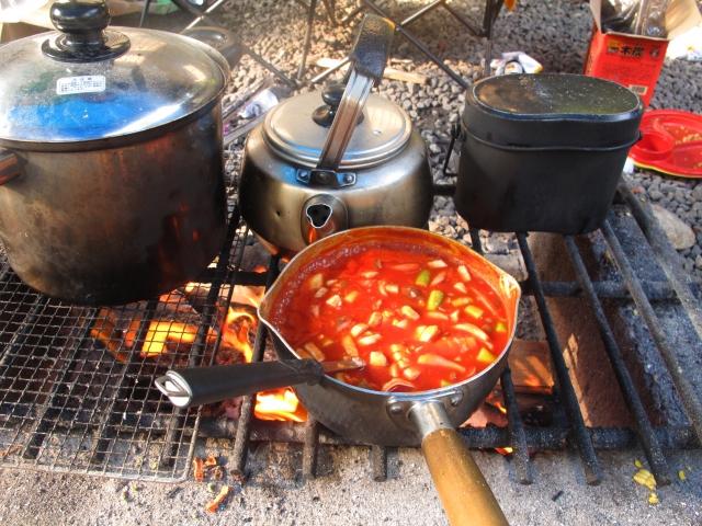 キャンプ初心者向けバーベキューレシピや道具集