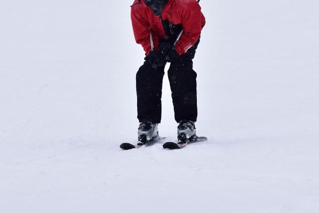 前傾のとり方とコツ | スキーの滑り方