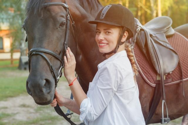 騎乗(上馬)を嫌がる | 乗馬時の馬の問題行動と対処法