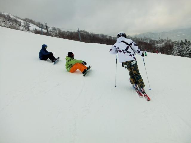ドルフィンターンのやり方とコツ | スキーの滑り方
