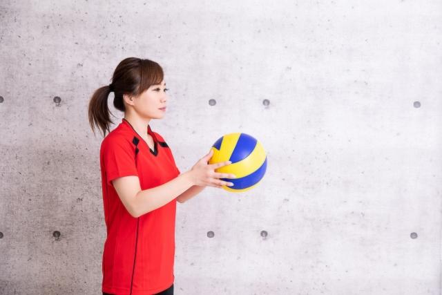アンダーサーブのやり方とコツ | 趣味のバレーボール
