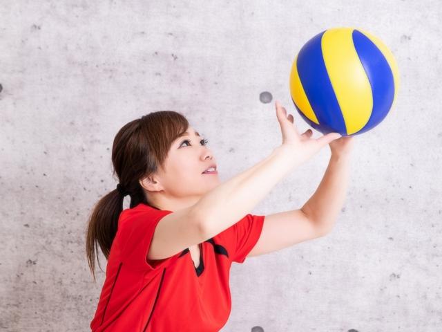 平行トスのやり方とコツ | 趣味のバレーボール