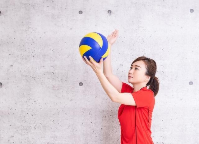 フローターサーブのやり方とコツ | 趣味のバレーボール