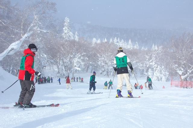 スキーのシュテムターンのポイント