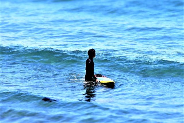 サーフィン初心者のための波待ちのやり方
