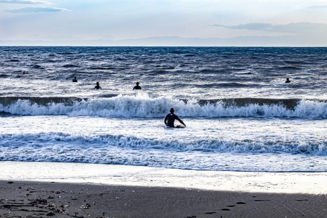 アナタのパドリングが遅い理由 | 趣味のサーフィン
