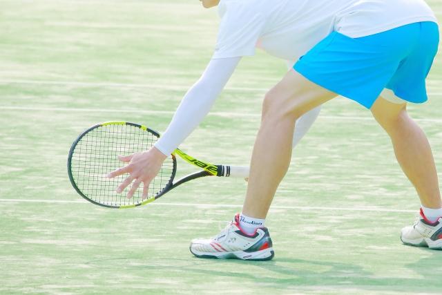 片手持ちバックハンドのフットワーク | 趣味のテニス