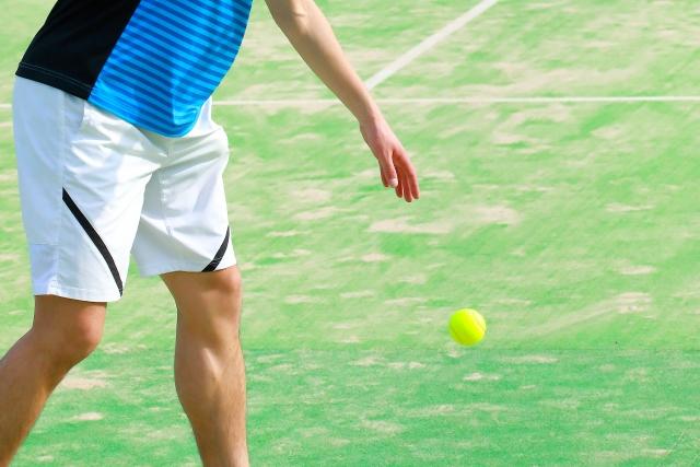 スピンサーブの打ち方 | 趣味のテニス