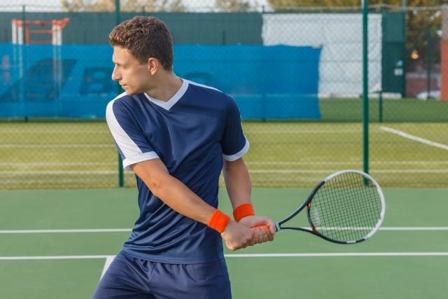 両手持ちバックハンドストロークの基本 | 趣味のテニス