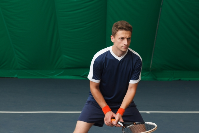 フォアハンドのフットワーク 趣味のテニス