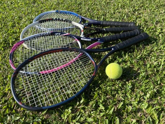 グリップテープの巻き方   趣味のテニス
