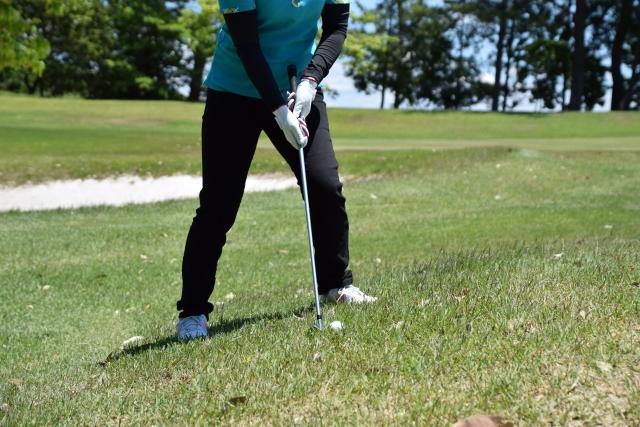 傾斜地からの打ち方 | ゴルフのトラブル脱出法