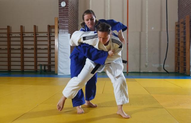 支釣込足のやり方|柔道の投技