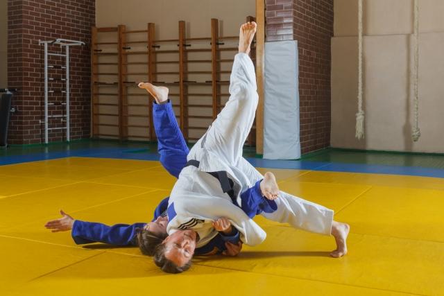 横受身のやり方|柔道の基本動作