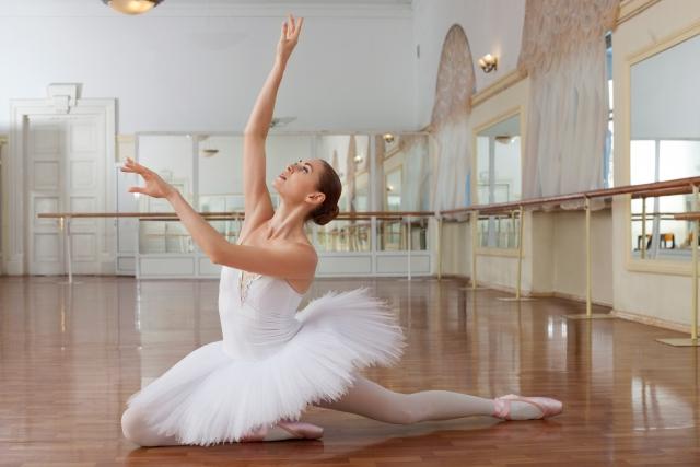 腕のポジション | バレエの基本のポジションやストレッチ