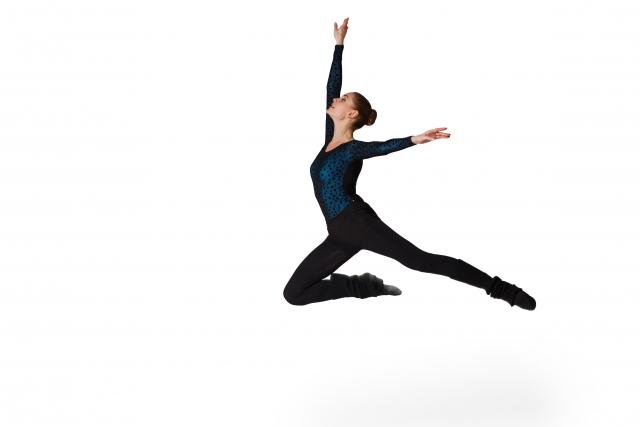 アッサンブレのやり方   バレエのセンター・レッスン