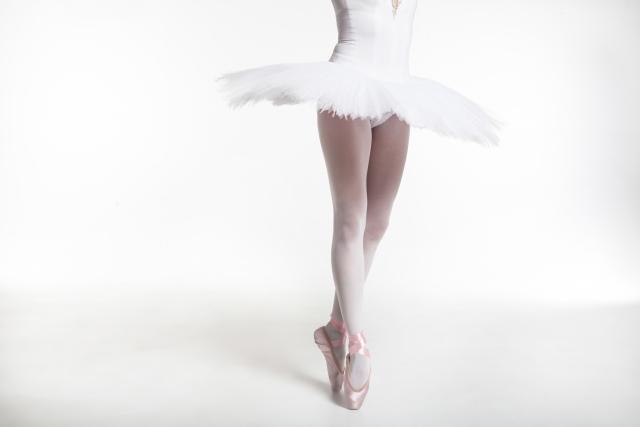 ピルエットのやり方 | バレエのセンター・レッスン