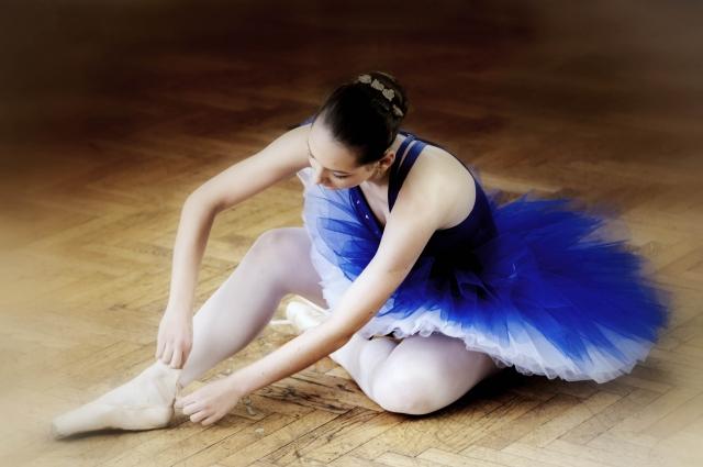 バレエのポアントの慣らし方