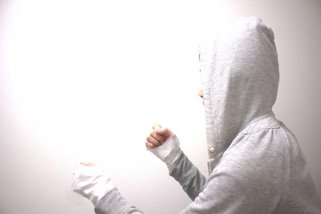 ウィービングのやり方 | ボクシングの防御