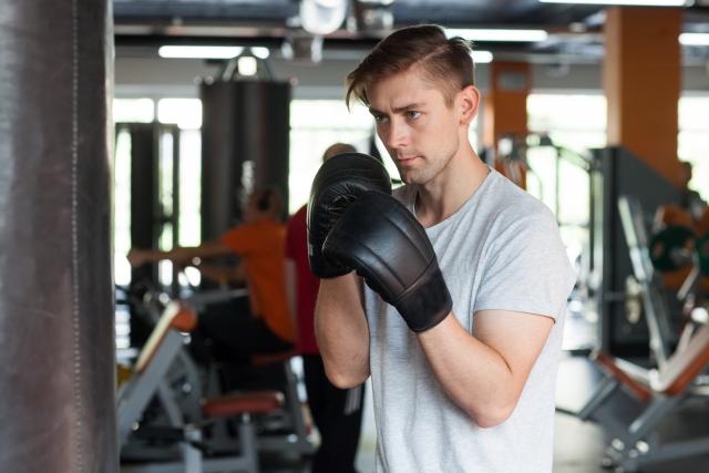 左ジャブの打ち方 | ボクシングの基本