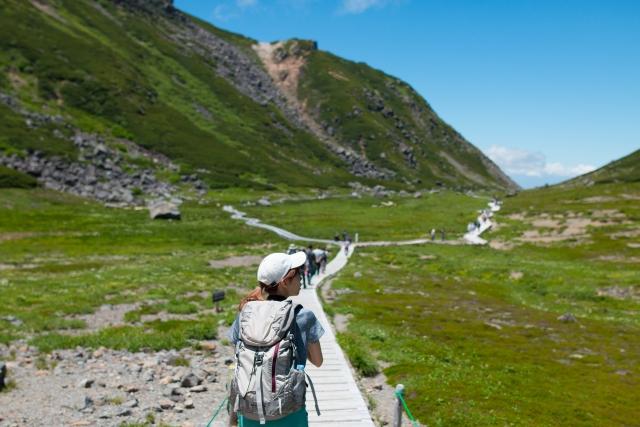 山のルールやマナー|大人の登山入門