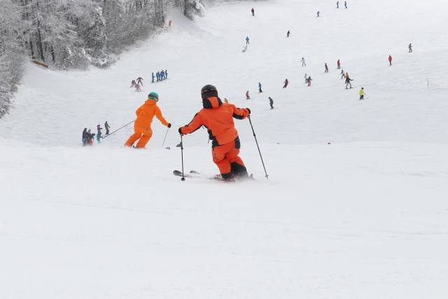 ローテーションをなおすには? スキーの滑り方