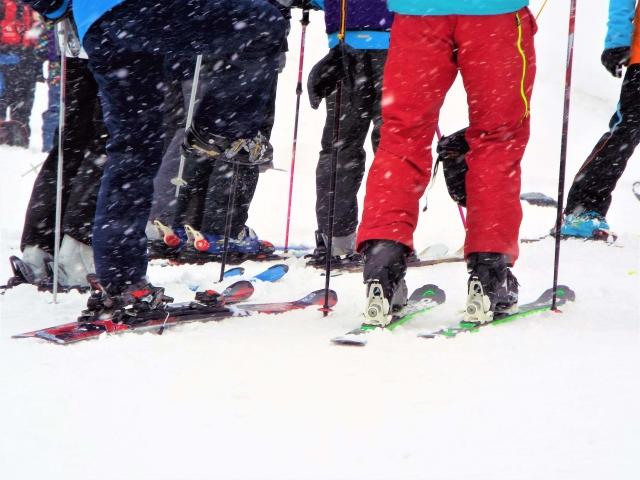 かかとを意識した滑り方 スキーの滑り方