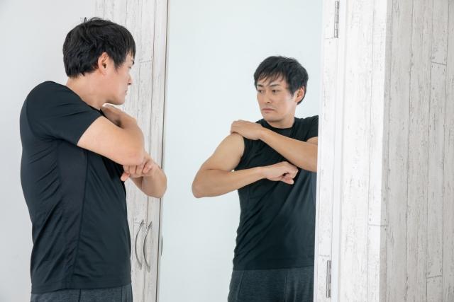 厚みのある肩を作る筋トレメニュー | 自宅で筋トレ