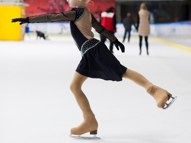 アップライトスピンのやり方とコツ | フィギュアスケートが上達する練習方法