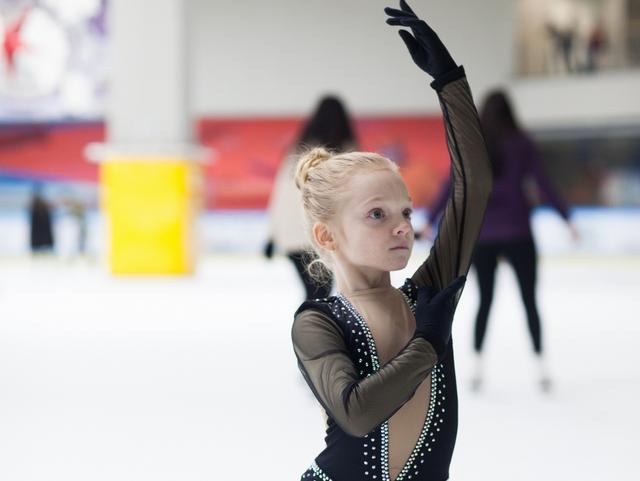 イーグルのやり方とコツ   フィギュアスケートのスパイラル上達法