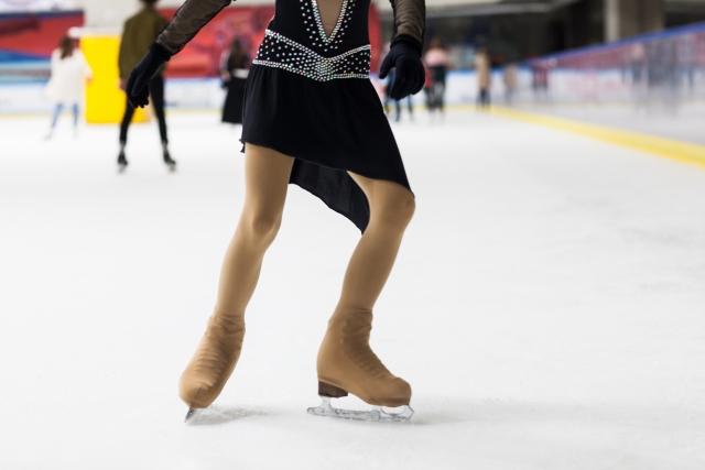 ダブルスリーのやり方とコツ | フィギュアスケートの基本