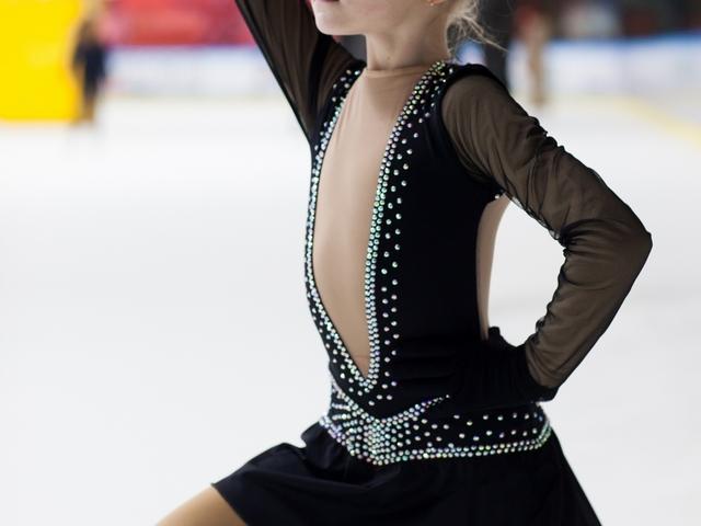 レイバックスピン | フィギュアスケートが上達する練習方法