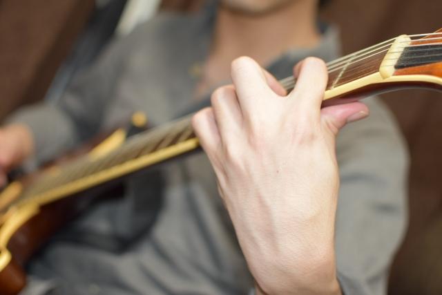 エレキギターのタッピング奏法のやり方