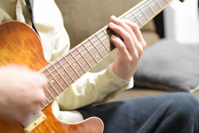 エレキギターのスウィープ奏法のやり方