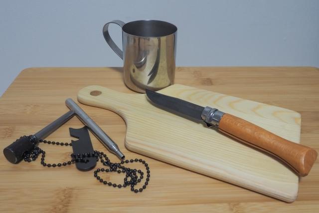 キャンプ初心者向けのアウトドアナイフの選び方