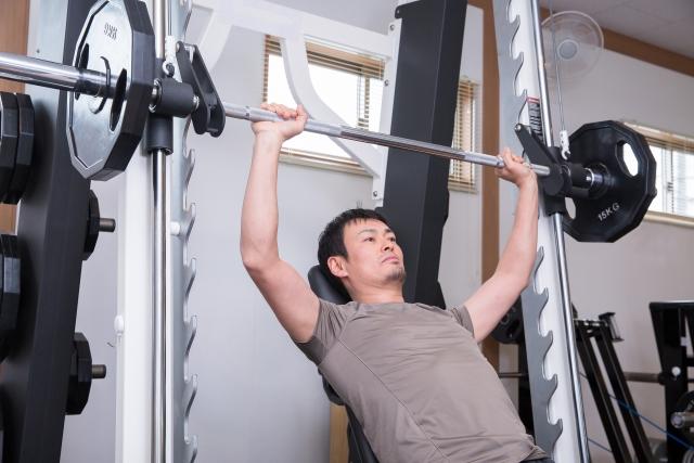 大胸筋上部を鍛える筋トレメニュー