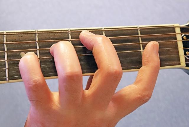 毎日行いたいエレキギターの基礎練習メニュー